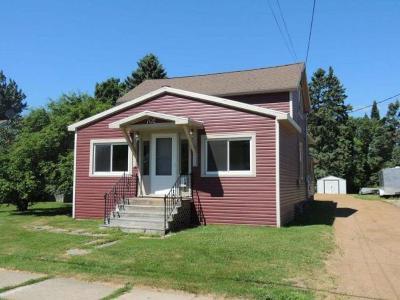 Antigo Single Family Home For Sale: 702 Elm St