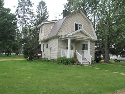 Antigo WI Single Family Home For Sale: $49,900