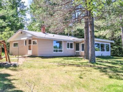 Forest County, Iron Wi County, Langlade County, Lincoln County, Oneida County, Vilas County Single Family Home For Sale: 14282 Sugarbush Tr