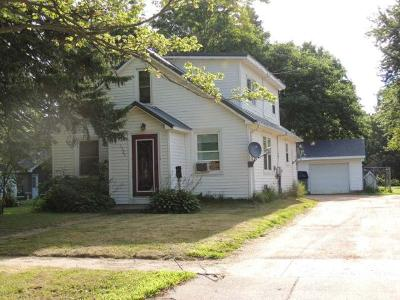 Antigo Single Family Home For Sale: 1525 Clermont St