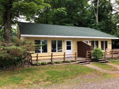Forest County, Iron Wi County, Langlade County, Lincoln County, Oneida County, Vilas County Condo/Townhouse For Sale: 5690 Edgewater Beach Tr