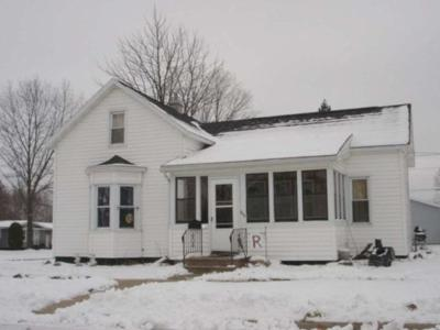 Merrill Single Family Home For Sale: 700 Scott St