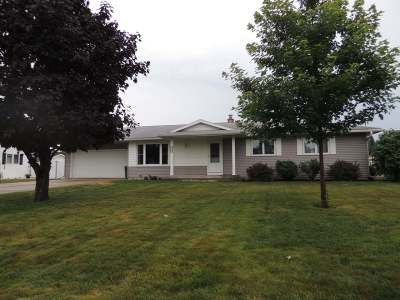 Antigo WI Single Family Home For Sale: $148,500