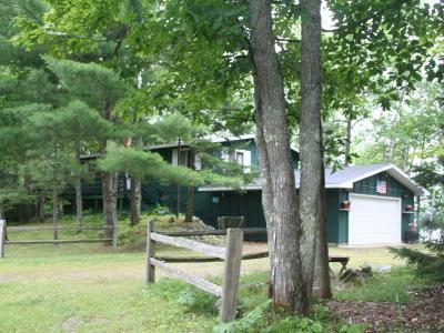 Vilas County Single Family Home For Sale: 9937 Woodland Dr