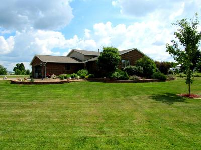 Antigo WI Single Family Home For Sale: $229,900