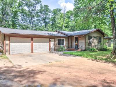 Forest County, Iron Wi County, Langlade County, Lincoln County, Oneida County, Vilas County Single Family Home For Sale: 11396 Hill And Dale Dr