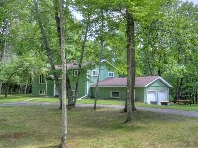 Eagle River WI Single Family Home For Sale: $178,900