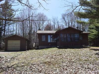 Tomahawk WI Single Family Home For Sale: $185,000