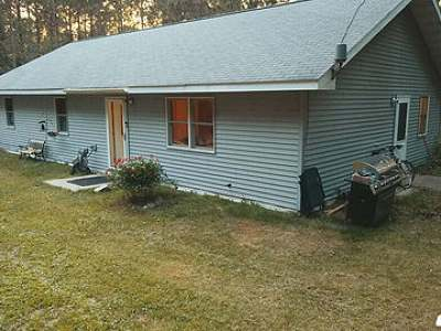 Three Lakes WI Single Family Home For Sale: $138,000