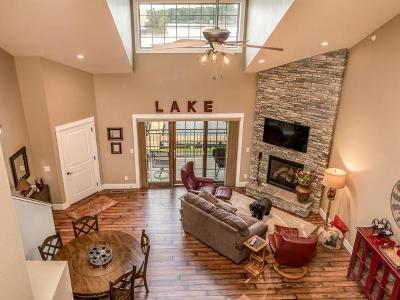Minocqua Condo/Townhouse For Sale: 8598 Lakeview Dr #B