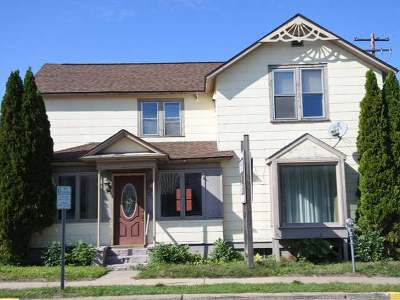 Minocqua Single Family Home For Sale: 306 Chicago Ave E