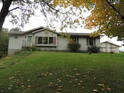 Pickerel Single Family Home Active O/C: W5378 Cth A