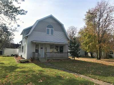 Antigo Single Family Home For Sale: 401 10th Ave