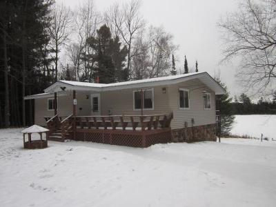 Forest County, Iron Wi County, Langlade County, Lincoln County, Oneida County, Vilas County Single Family Home For Sale: 5290 Rangeline Rd