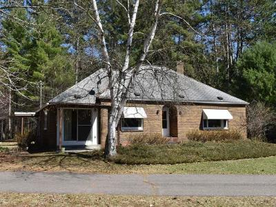 Tomahawk WI Single Family Home For Sale: $149,900