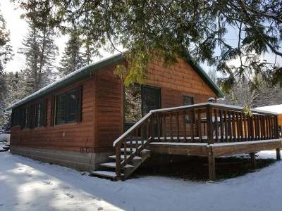 Forest County, Iron Wi County, Langlade County, Lincoln County, Oneida County, Vilas County Single Family Home For Sale: 2105w Siewert Rd