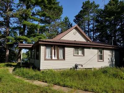 Mercer WI Single Family Home For Sale: $180,000