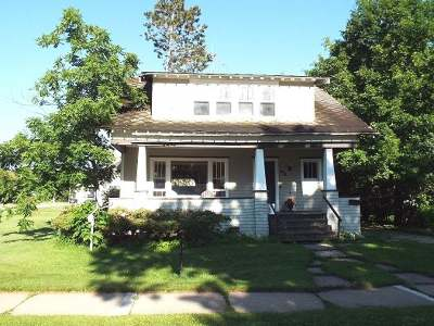 Antigo Single Family Home For Sale: 404 Dorr St