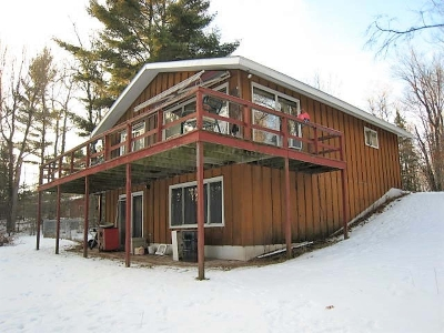 Forest County, Iron Wi County, Langlade County, Lincoln County, Oneida County, Vilas County Single Family Home For Sale: 1320 Bowen Rd
