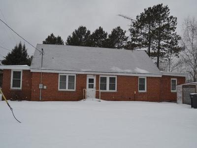 Langlade County, Forest County, Oneida County Single Family Home For Sale: 1826 Hwy 8