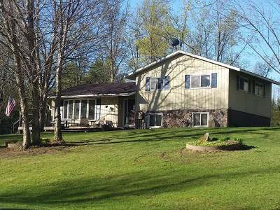 Antigo Single Family Home Active O/C: N1577 Rolling Hills Rd