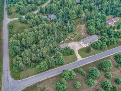 Sugar Camp Single Family Home Active O/C: 4718 Lily Bass Rd