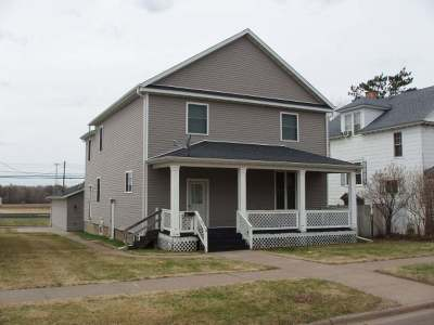 Park Falls Single Family Home For Sale: 521 2nd Ave