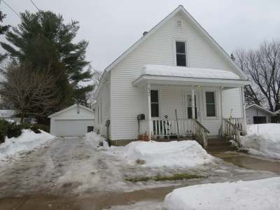 Antigo Single Family Home For Sale: 827 Pine St