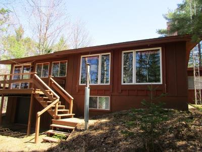 Eagle River WI Single Family Home For Sale: $299,000