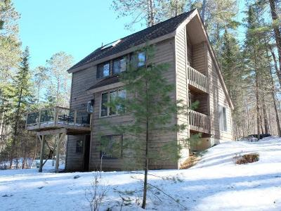 Minocqua Single Family Home For Sale: 9055 Squaw Lake Rd E