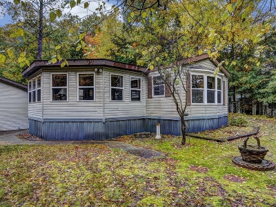 Lake Tomahawk Single Family Home Active Under Contract: 4997 Horsehead Lake Rd