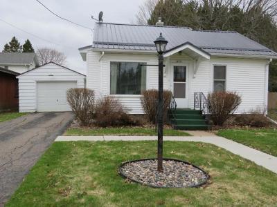 Antigo Single Family Home Active Under Contract: 1404 N Superior St