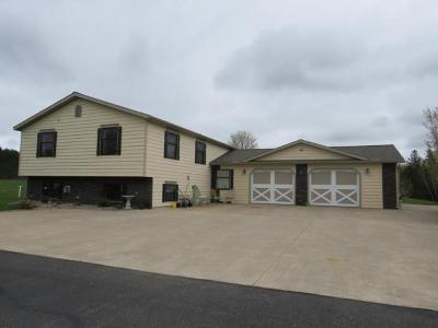 Pickerel Single Family Home Active Under Contract: W6478 Cth A