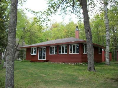 Minocqua Single Family Home For Sale: 8355 Squaw Lake Rd E