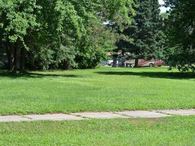 Crandon Single Family Home For Sale: On Lake Ave S