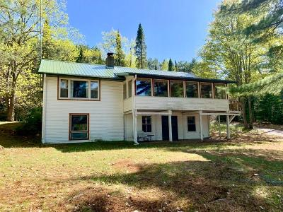 Eagle River WI Single Family Home Active Under Contract: $423,900