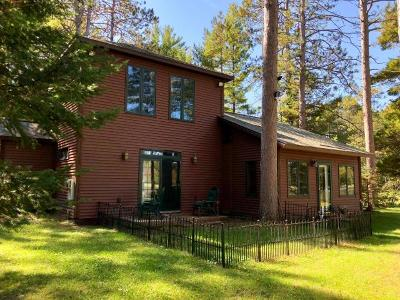 Langlade County, Forest County, Oneida County Single Family Home For Sale: 4744 Bayview Dr