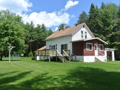 Eagle River WI Single Family Home For Sale: $85,000