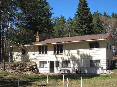 Forest County, Iron Wi County, Langlade County, Lincoln County, Oneida County, Vilas County Single Family Home For Sale: W3775 Villa Bay Dr