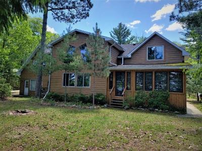 Lac Du Flambeau Single Family Home For Sale: 2237 Hogman Ln