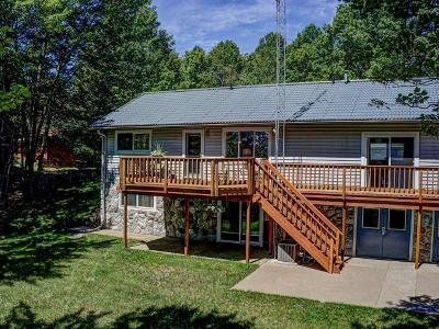 Eagle River Condo/Townhouse For Sale: 1798 Wilderness Tr #1
