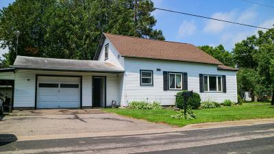Antigo Single Family Home For Sale: 329 10th Ave E