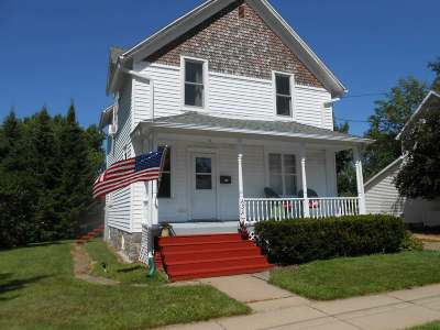 Antigo Single Family Home For Sale: 630 Deleglise St