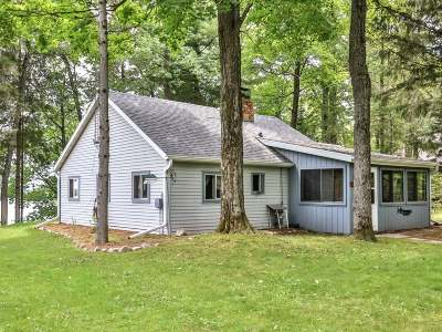 Arbor Vitae Single Family Home Active Under Contract: 1568 Helminski Rd