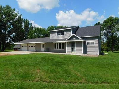 Merrill Single Family Home For Sale: W9146 Langhoff Rd
