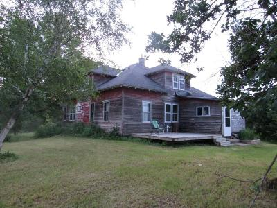Merrill Single Family Home Active Under Contract: W1971 Vascheau Rd