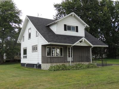 Antigo Single Family Home For Sale: 403 Clermont St S