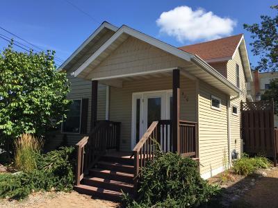 Antigo Single Family Home For Sale: 319 Superior St