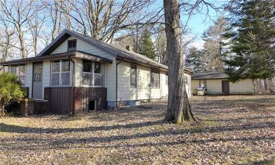Single Family Home Sold: 1716 E Orchard Beach Lane