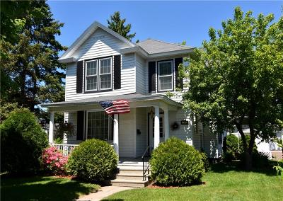 RICE LAKE Single Family Home Active Offer: 31 Highland Street